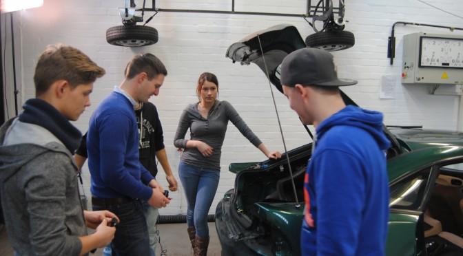 Schülerprojekt Einparkhilfe
