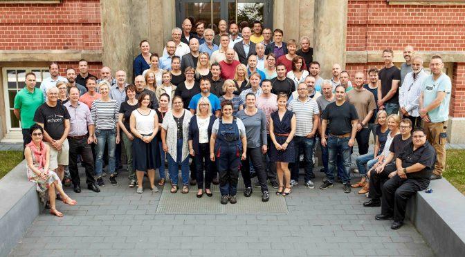 Die Mitarbeiterinnen und Mitarbeiter unserer Schule, der Beruflichen Schule Fahrzeugtechnik in Hamburg